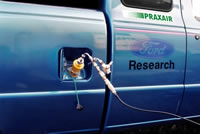 Picture of Hydrogen/natural gas fueling (HYTEST fuel) of Ford Ranger, FSEC H2 Lab.